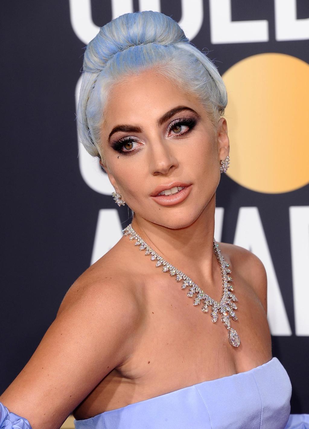 Lady Gaga trang suc kim cuong anh 10