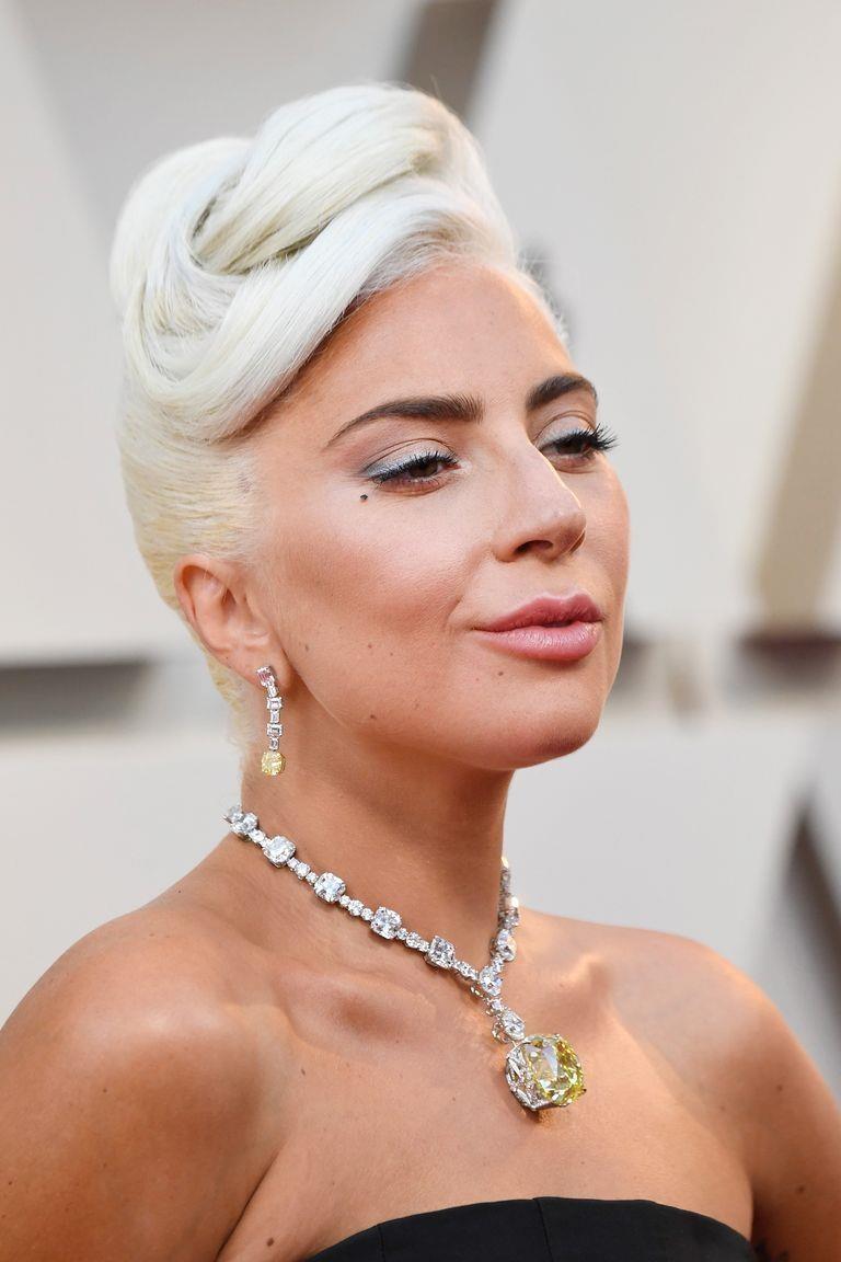 Lady Gaga trang suc kim cuong anh 4