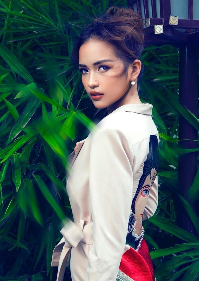 9 quan quan Next Top Viet - nguoi thanh hoa hau, a hau, ke mat hut hinh anh 11