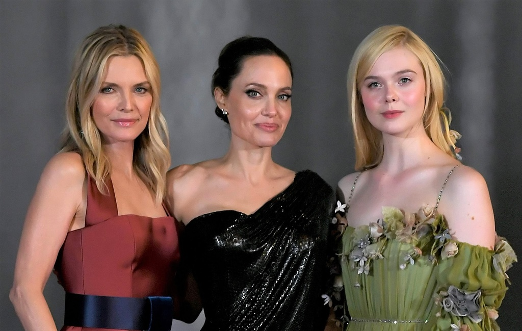 Ve dep ruc ro cua minh tinh tung khien Angelina Jolie do guc hinh anh 16