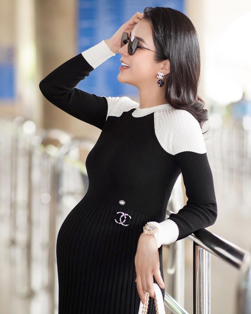 Diep Lam Anh, Lan Khue pho truong hang hieu khi mang thai hinh anh 9