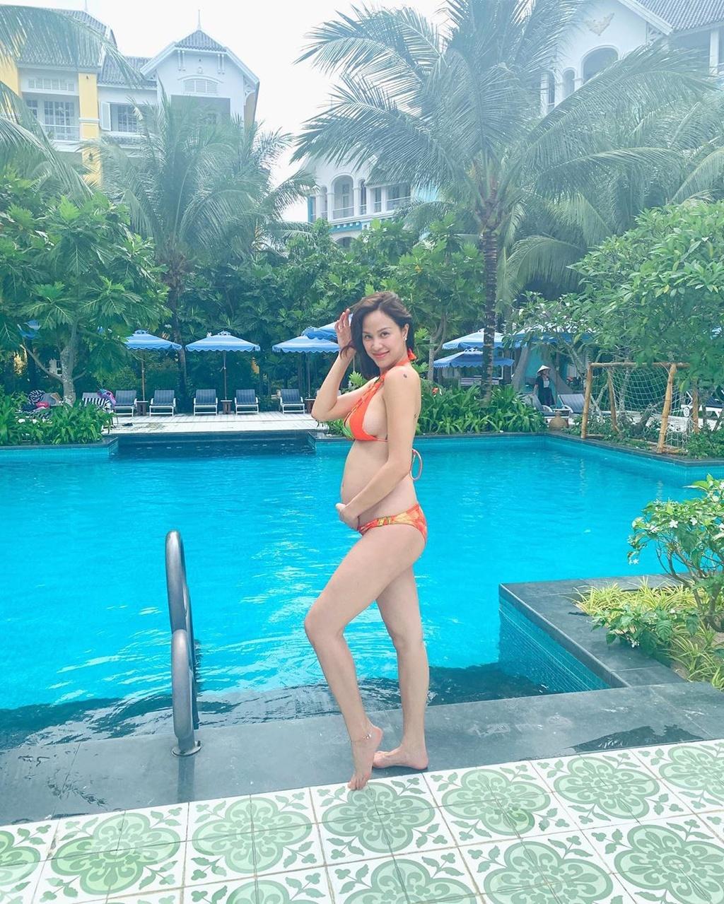 Diep Lam Anh, Lan Khue pho truong hang hieu khi mang thai hinh anh 17