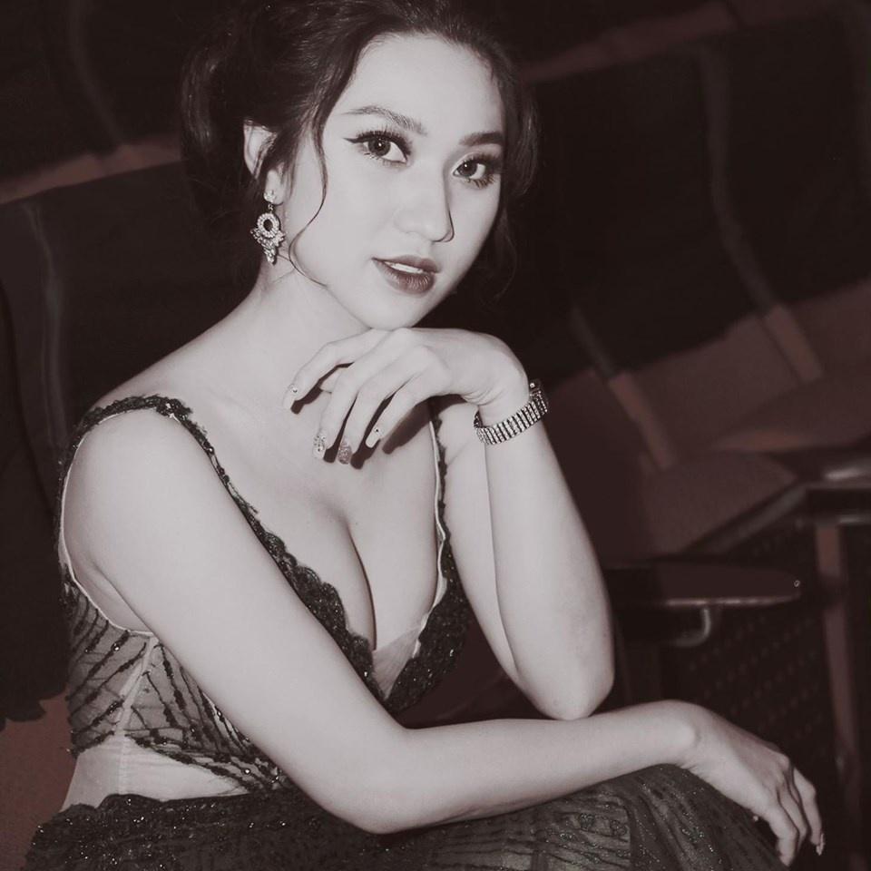 Angela Phuong Trinh va dan sao 'Mua he soi dong' thay doi sau 10 nam hinh anh 10