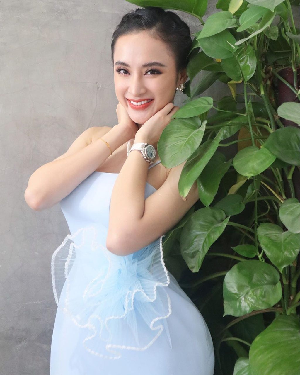 Angela Phuong Trinh va dan sao 'Mua he soi dong' thay doi sau 10 nam hinh anh 3