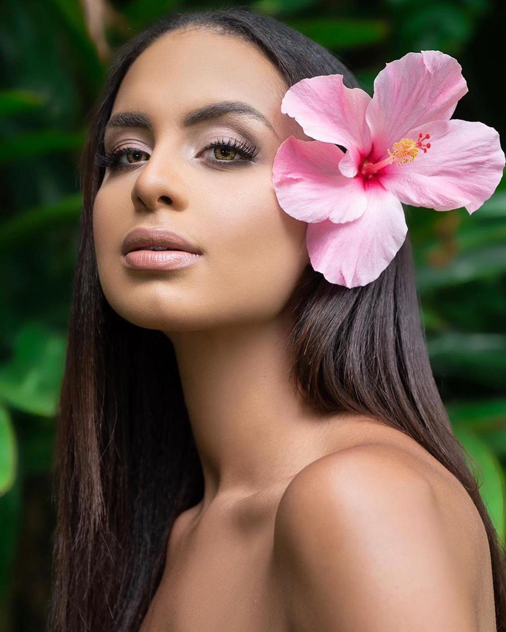 Ve dep cua nguoi mau 22 tuoi dang quang Hoa hau Trai Dat 2019 hinh anh 4