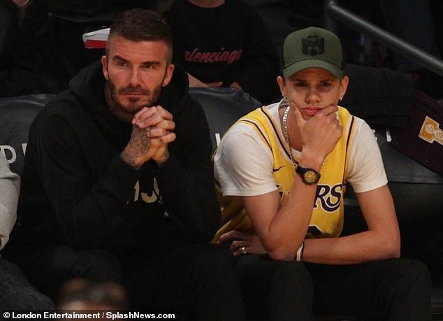Con trai 17 tuoi gay chu y khi di xem bong ro cung David Beckham hinh anh 5