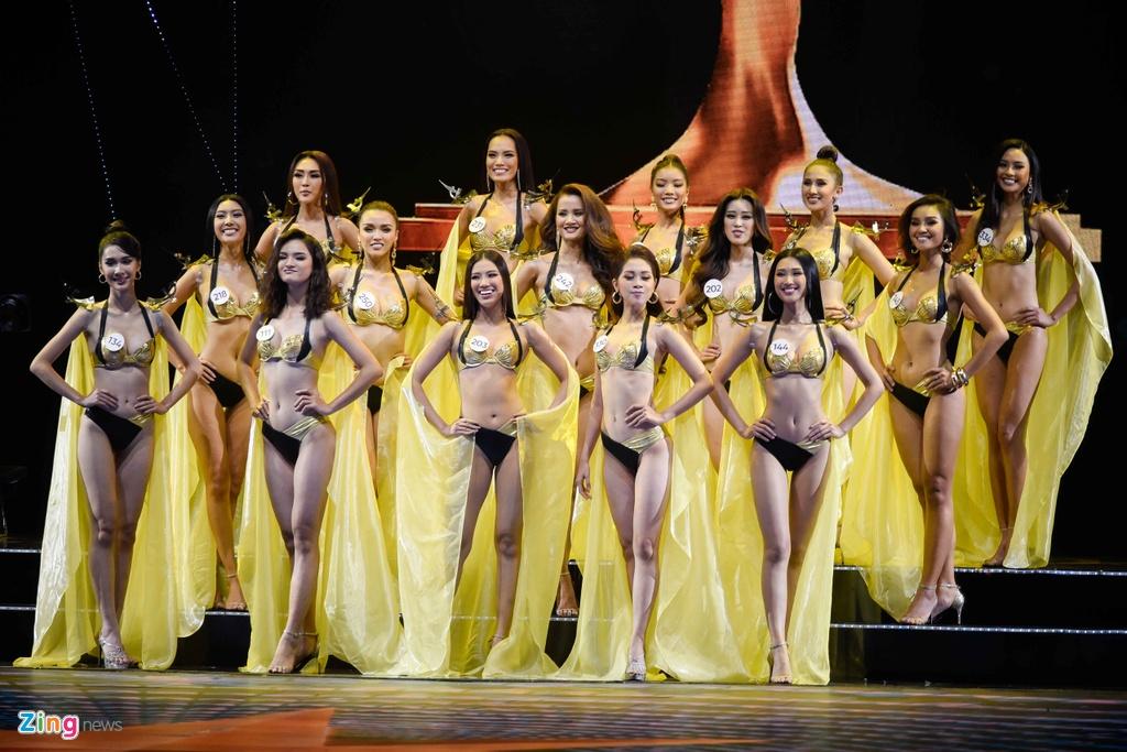 Top 15 Hoa hau Hoan vu Viet Nam goi cam khi dien bikini hinh anh 14
