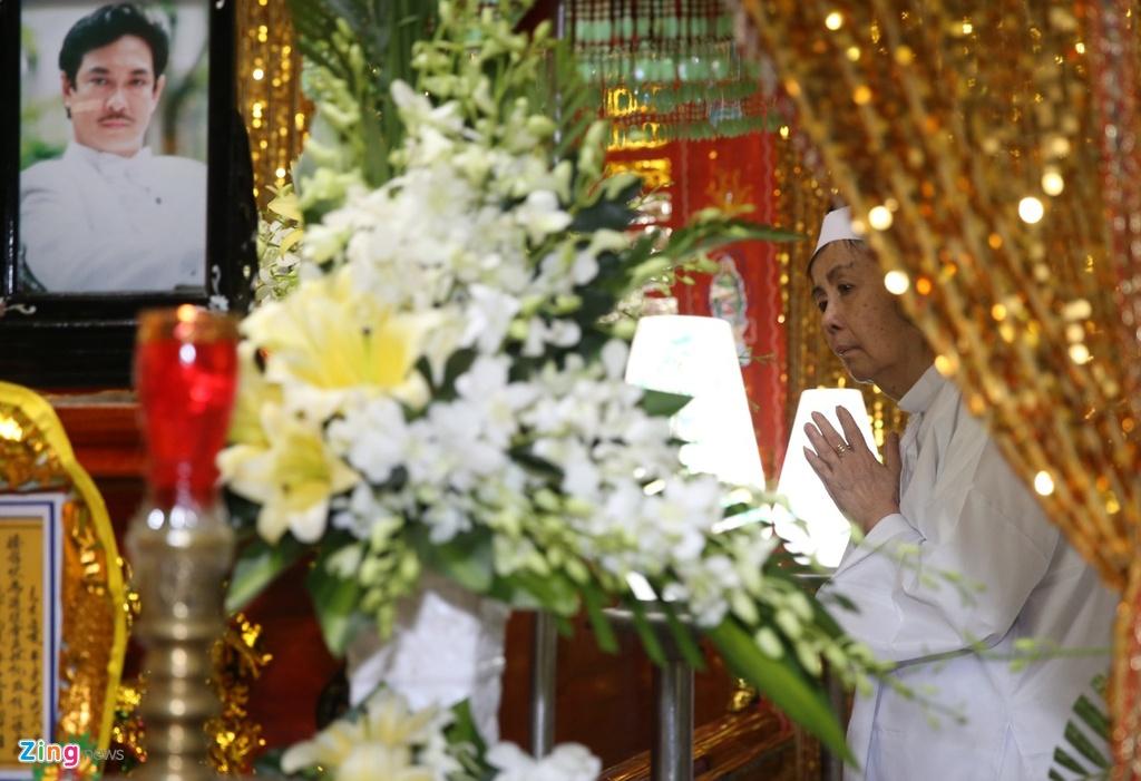 Vo co nghe si Chanh Tin: 'Anh noi tim that lai, dau qua' hinh anh 1 hinh_anh_zing.jpg
