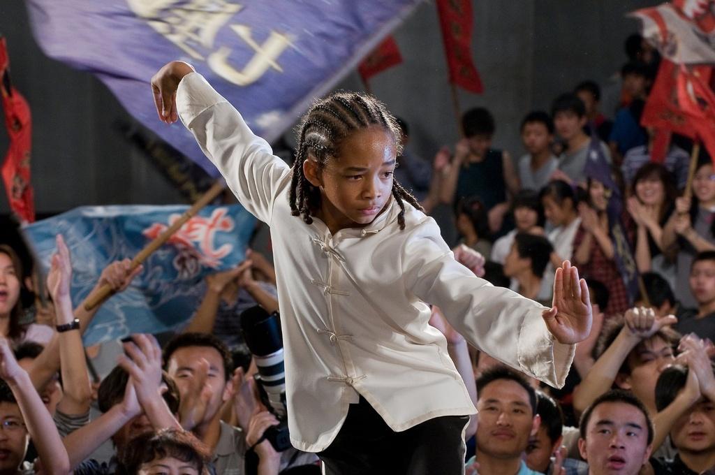 Sao nhi 'The Karate Kid' thanh bieu tuong phi gioi tinh nhu the nao?