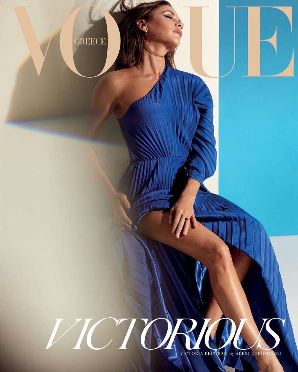 Victoria Beckham khoe chan dai anh 2