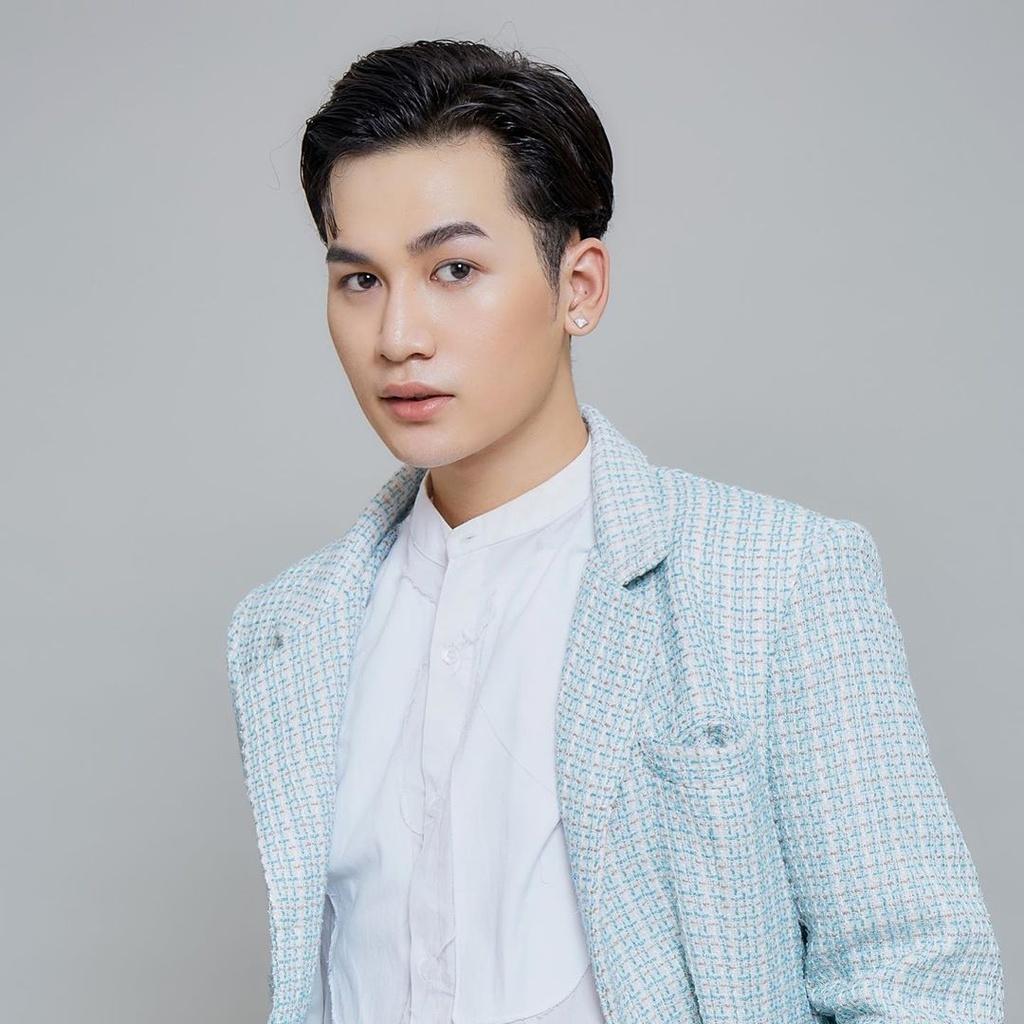 Ali Hoang Duong, Hien Ho sau ba nam thi The Voice hinh anh 3 alihoangduong_88138483_748008905605559_7157508566392929848_n.jpg