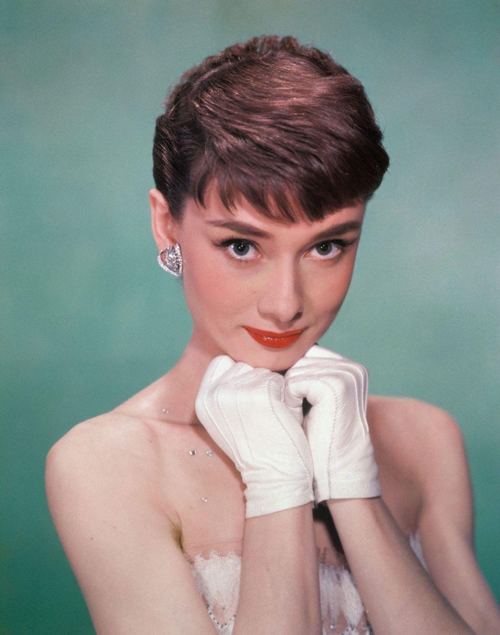 bieu tuong nhan sac Audrey Hepburn anh 7