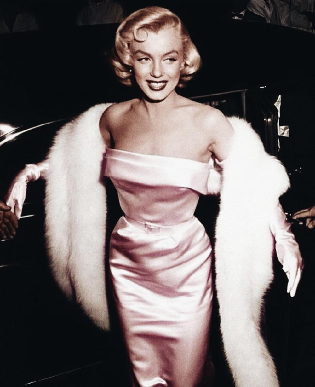 Nhan sắc khuynh đảo một thời của biểu tượng điện ảnh Marilyn Monroe