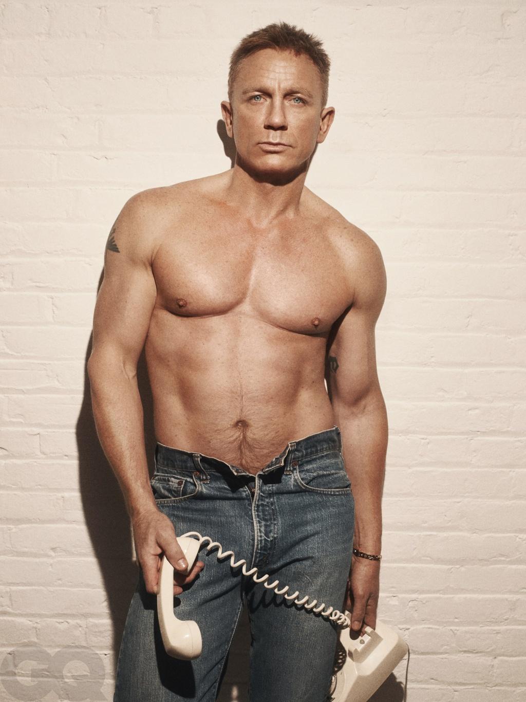 Daniel Craig dong James Bond anh 5