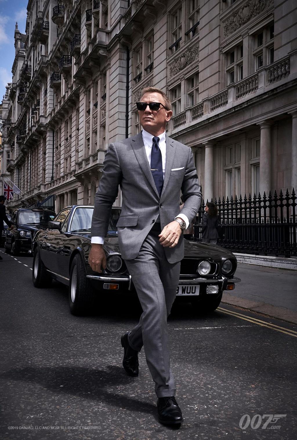 Daniel Craig dong James Bond anh 2