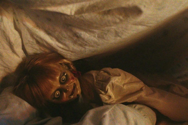 bup be Annabelle bi quy am anh 6