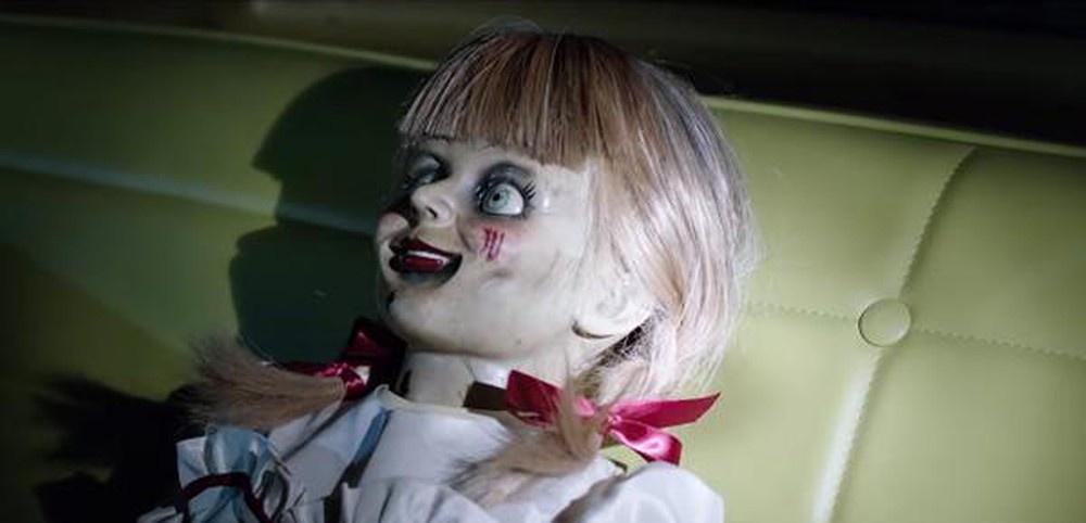 bup be Annabelle bi quy am anh 8