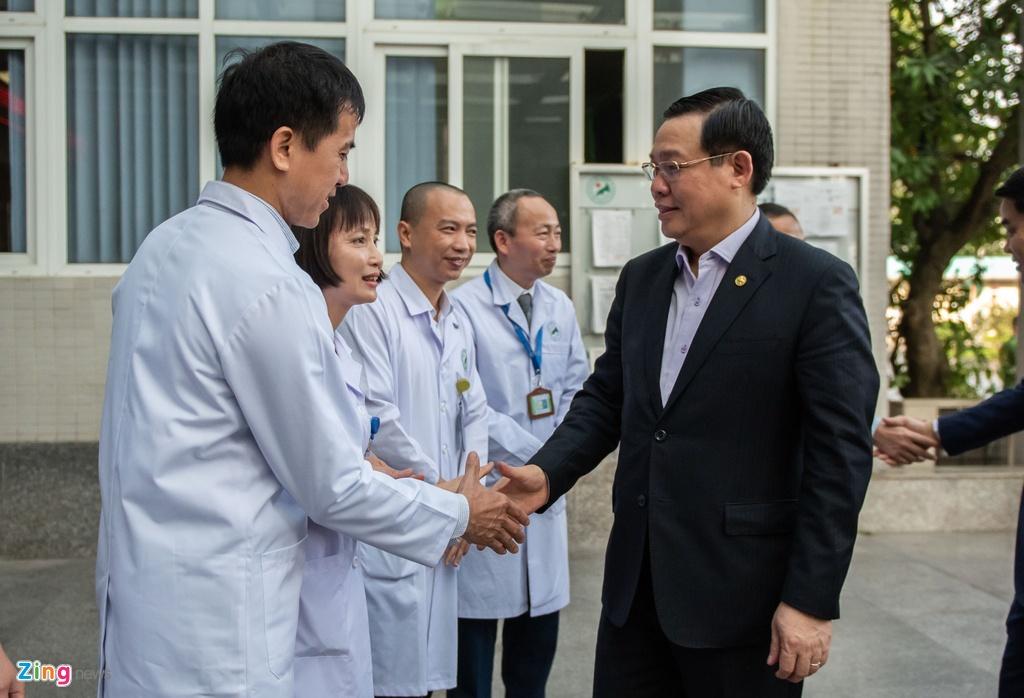 Bí thư Hà Nội Vương Đình Huệ kiểm tra công tác phòng dịch Covid-19