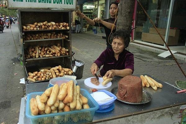Banh mi cay - thuc qua hut khach tai Hai Phong hinh anh 7 cay8.jpg