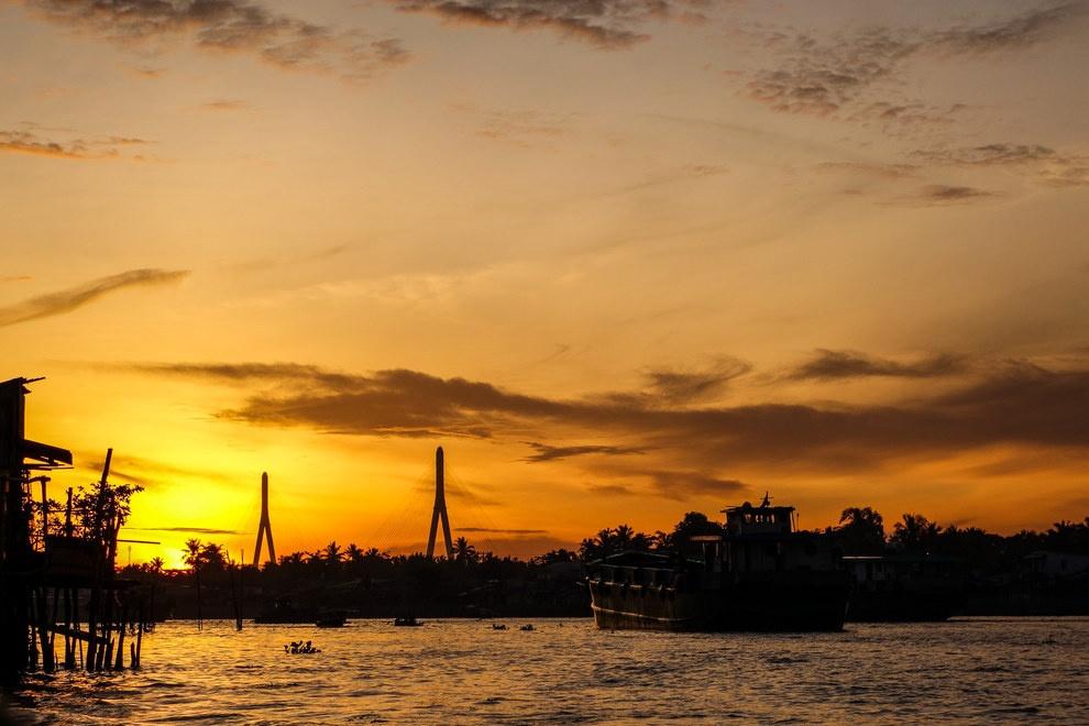 Nhung buc anh khien khach Tay muon den Viet Nam hinh anh 14 Đừng quên bỏ thời gian chiêm ngưỡng hoàn hôn trên sông.