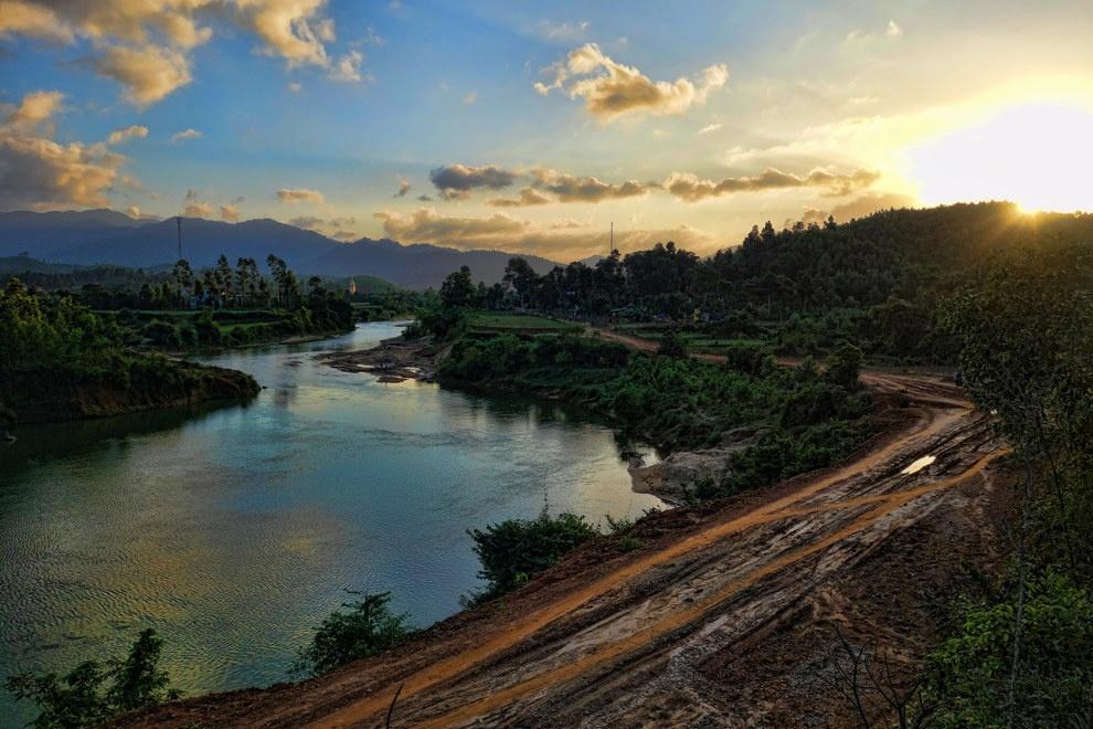Nhung buc anh khien khach Tay muon den Viet Nam hinh anh 3 Bạn có thể rẽ vào bất cứ con đường nào và bắt gặp cảnh đẹp hiếm thấy.