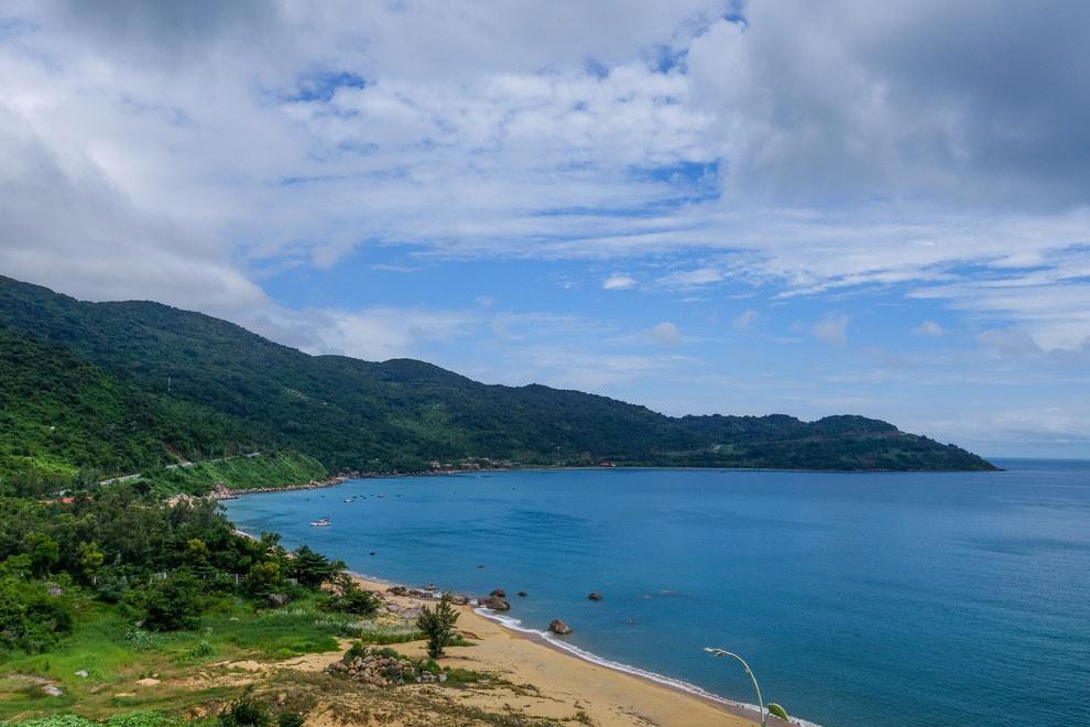 Nhung buc anh khien khach Tay muon den Viet Nam hinh anh 8 Nhưng nếu bạn thích ra biển, quốc gia xinh đẹp này có hàng nghìn cây số bờ biển hoang sơ.