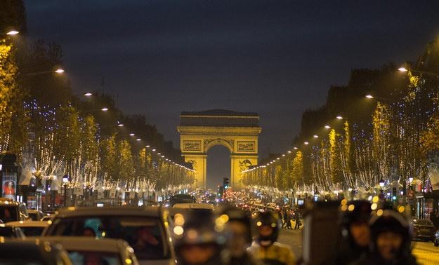 Nhung ly do khien du khach yeu men Paris hinh anh 10