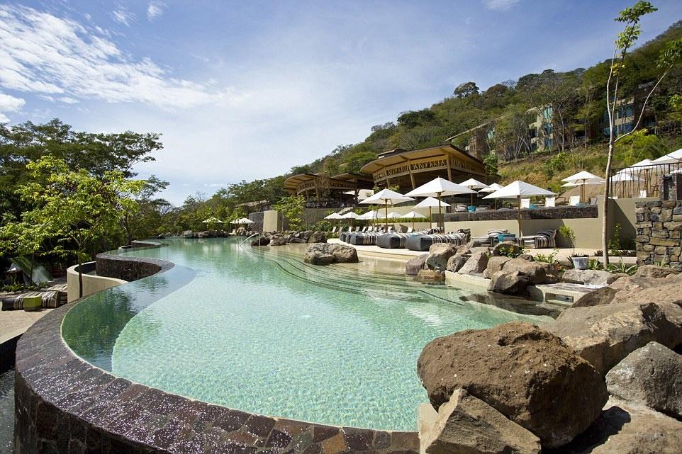Nhung noi nghi trang mat lang man nhat hanh tinh hinh anh 2 Khách sạn Andaz Peninsula Papagayo ở Costa Rica với khung cảnh lãng mạn được bình chọn là khách sạn trăng mật tuyệt nhất châu Mỹ.