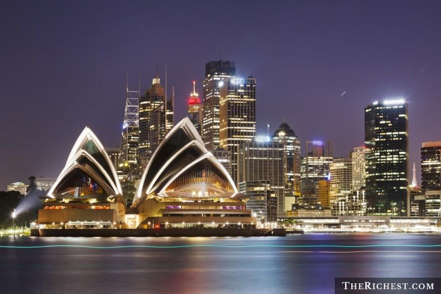 """10 quoc gia ly tuong cho cac chang doc than hinh anh 6 Australia: Thành phố Melbourne đem lại cho những chàng trai một kỳ nghỉ thú vị, đầy những chuyến phiêu lưu và các hoạt động mạo hiểm hấp dẫn. Đặc biệt, đây là điểm giao thoa văn hóa, với nhiều người đến từ khắp nơi trên thế giới, nên họ sống rất cởi mở, thân thiện. Đặc biệt, bạn có thể tìm thấy nhiều điểm giải trí mở cửa suốt đêm, hợp với những người trẻ """"thừa năng lượng""""."""