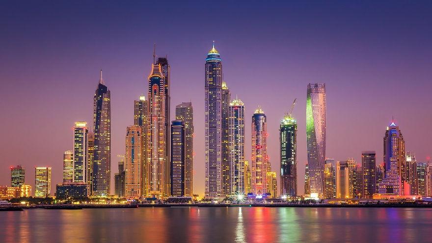 Dubai ve dem nhu thanh pho trong phim vien tuong hinh anh 3