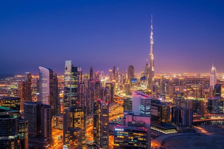 Dubai ve dem nhu thanh pho trong phim vien tuong hinh anh 6