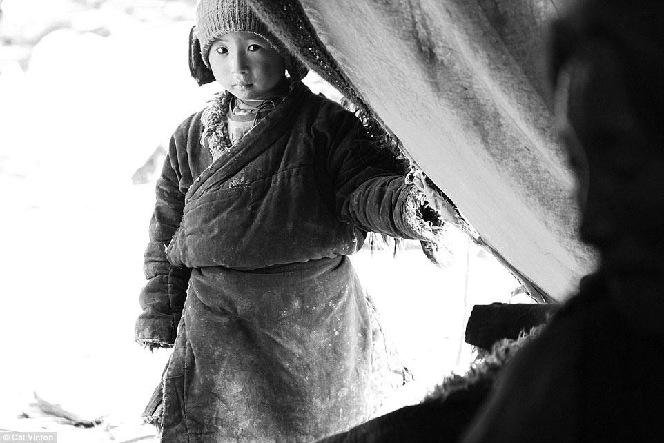 Cuoc song khong tien, khong cong nghe cua bo toc o Himalaya hinh anh 1