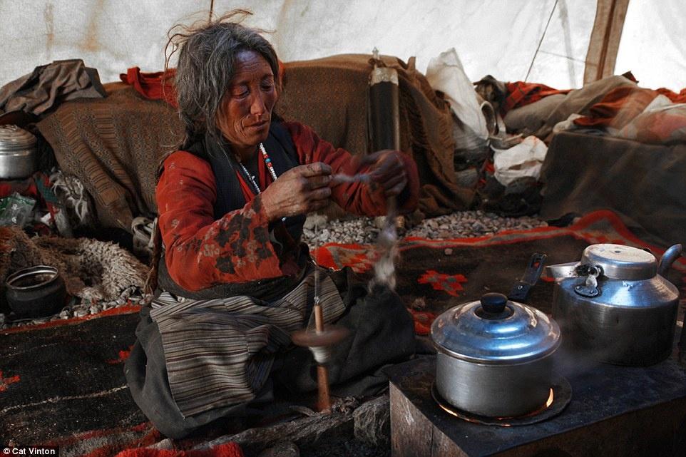 Cuoc song khong tien, khong cong nghe cua bo toc o Himalaya hinh anh 5