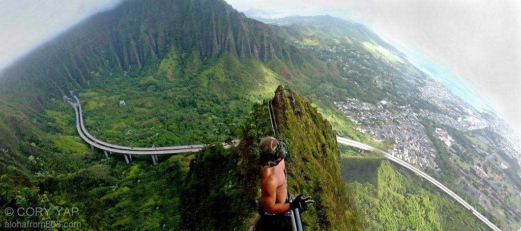 Xich du dang so tren tuyen duong nguy hiem nhat Hawaii hinh anh 2