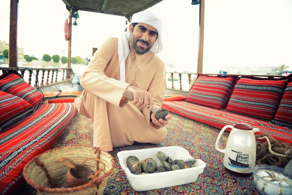 Nhung dieu khien Abu Dhabi tuyet dieu hon Dubai hinh anh 17