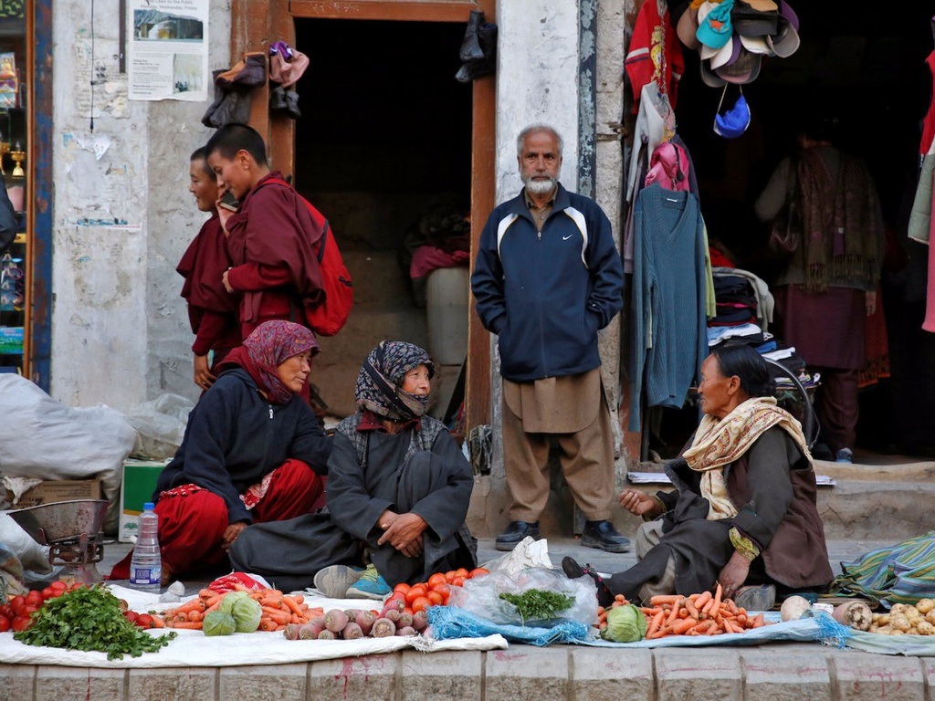Cuoc song cua cong dong Phat giao tren day Himalaya hinh anh 6