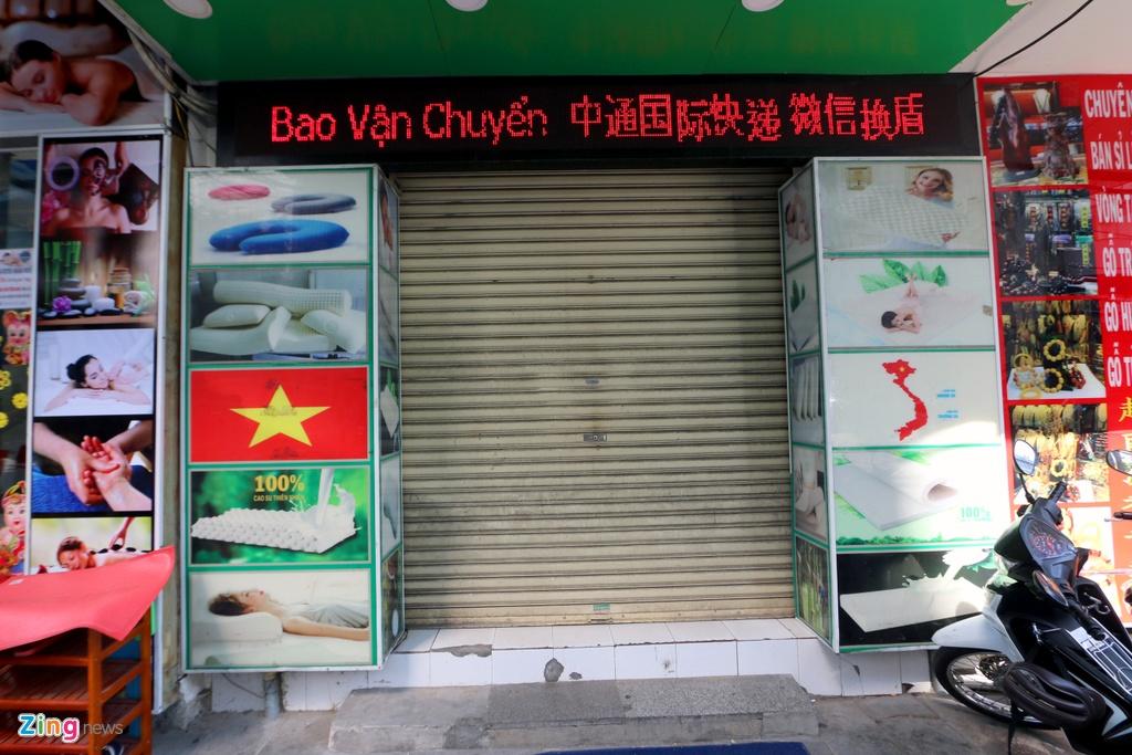 Đường vắng, quán đóng cửa khi ngưng đón khách Trung Quốc ở Nha Trang