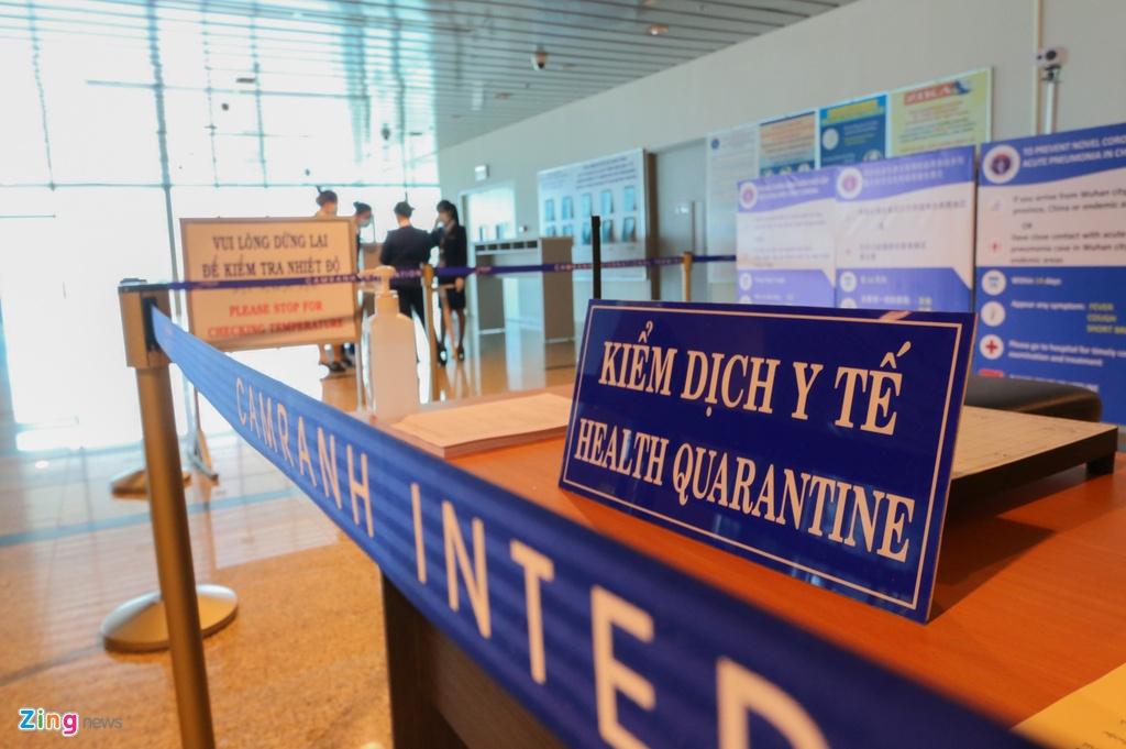 Cận cảnh khu cách ly, kiểm tra y tế khách quốc tế ở sân bay Cam Ranh