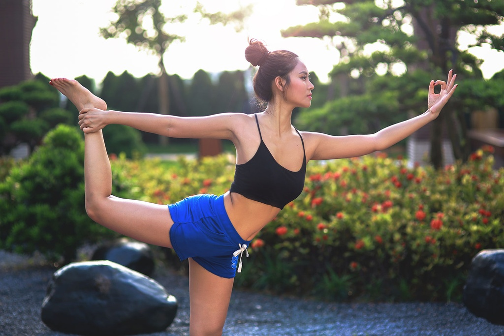 So huu 3 vong nong bong voi yoga cung Van Anh hinh anh 7