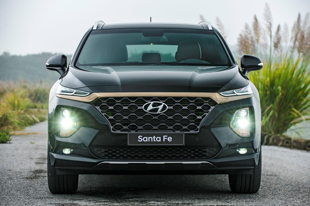 Mazda CX-8 2019 vs Hyundai Santa Fe 2019: Ve hien lanh doi dau ca tinh hinh anh 8