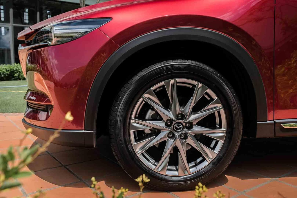 Co duoi 1,5 ty dong, nen chon Mazda CX-8 hay Toyota Fortuner? hinh anh 5