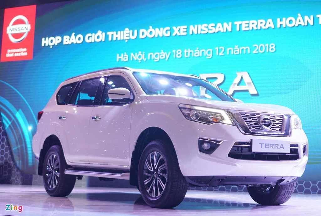 SUV 7 cho, chon Nissan Terra hay Toyota Fortuner? hinh anh 1