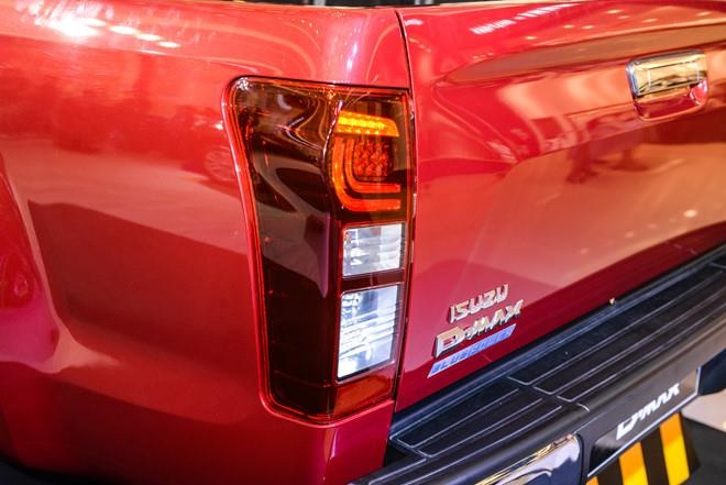 Isuzu D-Max va Toyota Hilux – 'ong trum' dat Thai, eo uot o Viet Nam hinh anh 17