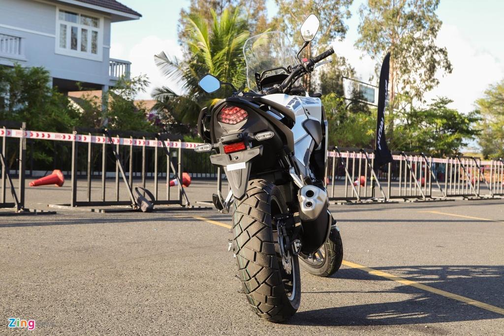 Nhung mau moto duoi 500 cc phuot thu Viet co the can nhac khi chon mua hinh anh 7