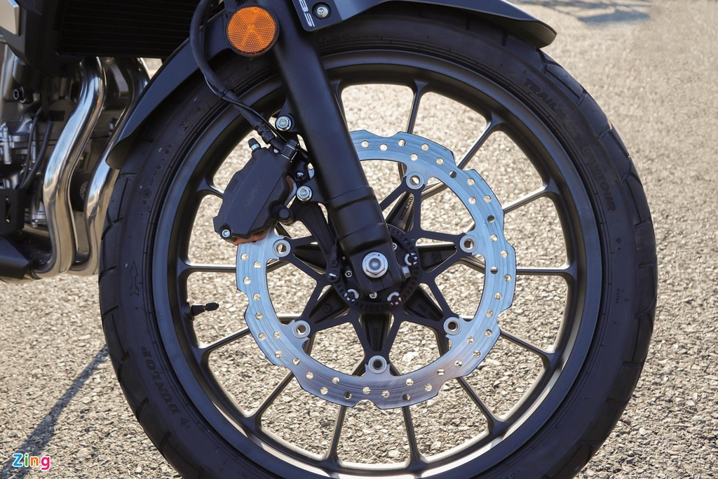 Nhung mau moto duoi 500 cc phuot thu Viet co the can nhac khi chon mua hinh anh 6