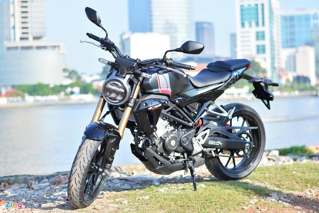 Naked-bike 150 cc, chọn Honda CB150R hay Yamaha MT-15?