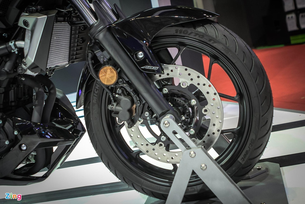 naked bike 300 cc chon xe nao anh 6