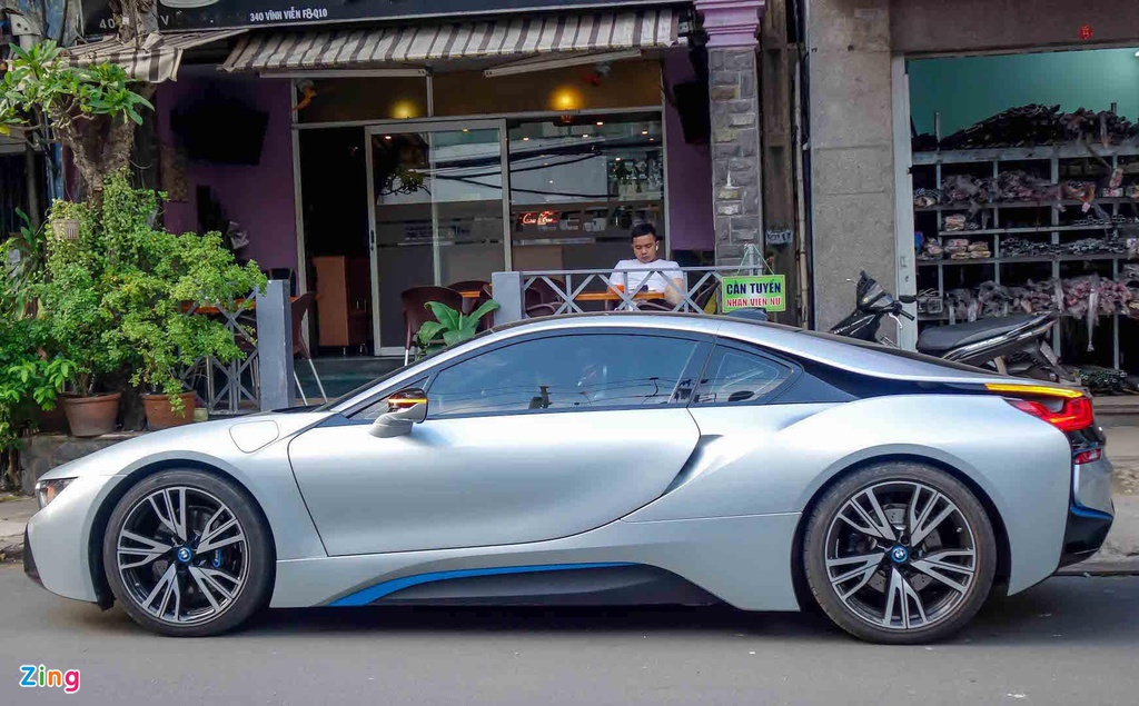 Concept BMW Vision M dep hoan hao,  lieu co i8 trong tuong lai? anh 9