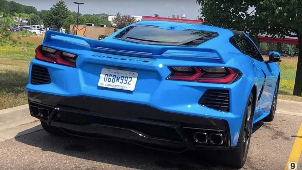 Gia cua Corvette C8 2020 thuc su 're den vo ly' du o thi truong nao hinh anh 10