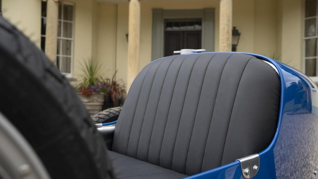 Bugatti ra mat xe chay dien gia chi 33.000 USD hinh anh 8